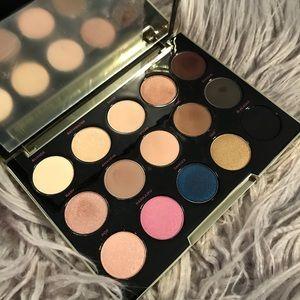 Urban Decay: Gwen Stefani Eyeshadow Palette